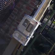 egyfázisú mérőhely fa oszlopon, ideiglenes mérő, mérő építkezésre